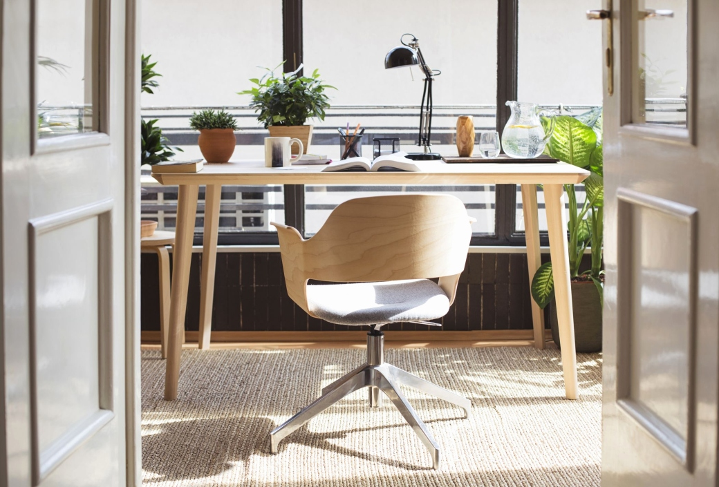 feng shui office desk Luxury Ways To Feng Shui Your Desk